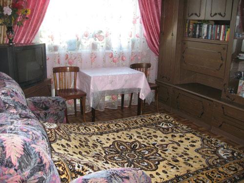 Комната С Диваном И Телевизором В Москве